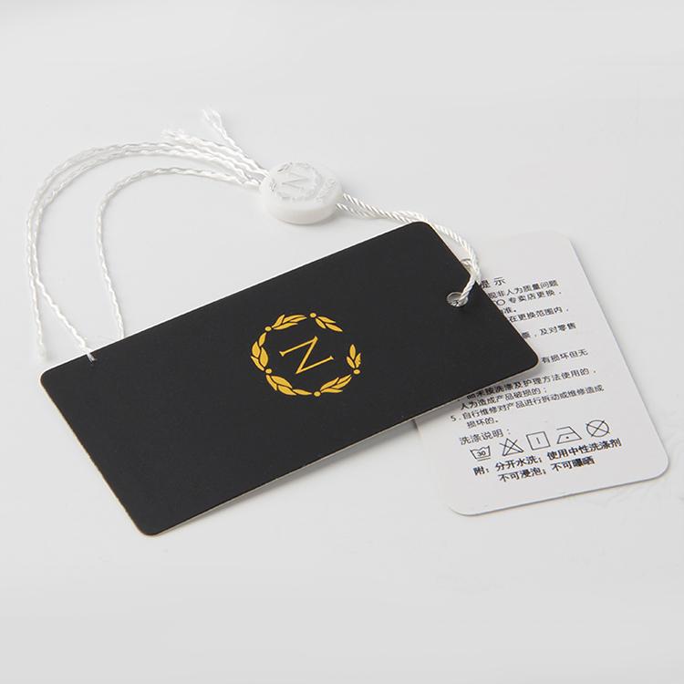 服装纸牌订做中不妨试试看这1个做法来降低成本