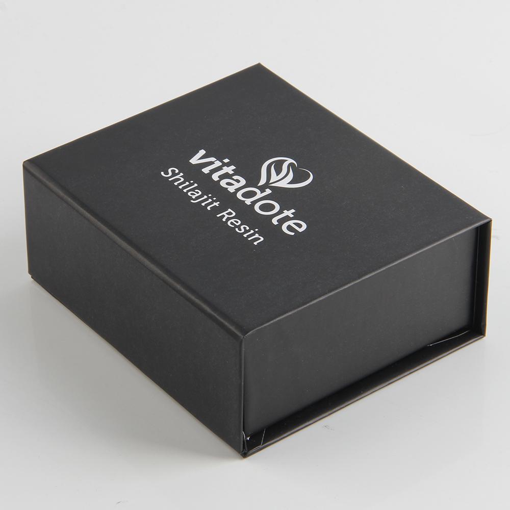 临近年末的时候厂家总是建议DV机包装钢铁标签盒如许做