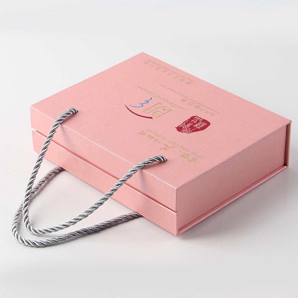 电子产品包装钢铁标签盒两眼穿插手提绳的定制体例真的都吃得消吗